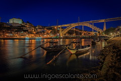 Rabelos in Gaia, Porto at night (Iñigo Escalante) Tags: sky sunset boat river sun clouds europe boats port pier shadows portugal riverside quay world porto waterfront ships oporto best gaia douro habour duero haven dawns vilanoca don luis i bridge night nocturna nighty cityscape lights reflections water rio cais de tradicional traditional rabelos barco embarcacion vino alto wine ship woorden cargo