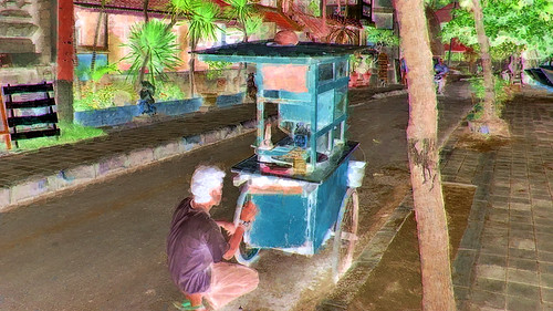 Indonesia - Bali - Chicken Soup On Wheels - 3bb
