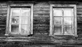 Old Houses and Windows #Viljandi #Estonia #monochrome