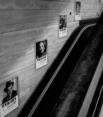 Hollywood Metro (o.solemio) Tags: photo n° 411 minoosolemio hollywood metro uscita scale mobili foto pubblicità mostra fotografica monocromo leicavlux