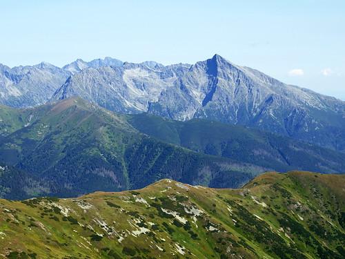 Widok z Bystrej na Tatry Zachodnie (m.in. Krywań)