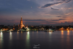 Bangkok Iconic Wat Arun at Sunset (tapanuth) Tags: watarun temple bangkok thailand sunset twilight bluehour goldenhour colorful sky river chaophrayariver water pagoda travel tourism photography attraction landmark historic architecture building spire riverside iconic asia southeastasia dusk evening cityscape