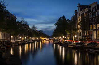 An evening on the canals