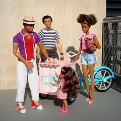 Memories of warmer days (Deejay Bafaroy) Tags: barbie mattel doll puppe dolls puppen madetomove mtm sunny sonnig outdoors draussen thierryhenry kickomania actionfigure ken male homme tamika chelsea girl mädchen child kid kind asha black moxiegirlz icecreambike 16 scale playscale miniature miniatur pink rosa blue blau red rot purple lilac violett lila turquoise türkis hat hut stripes streifen striped gestreift shoes schuhe diorama icecream eis glace personen
