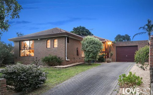20 Mayfield Dr, Mill Park VIC 3082