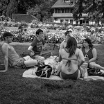 An afternoon in the parc thumbnail
