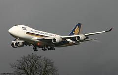 Singapore Airlines Cargo 747-412F 9V-SFL /BRU (RuWe71) Tags: singaporeairlinescargo sqsqc sincargo singaporeairlines sqsia singapore boeing boeing747 b747 b747f b744 b747400 b747400f b747412f b747412 boeing747400 boeing747400f boeing747412 boeing747412f 9vsfl cn328971322 n5022e brusselsairport brusselszaventemairport brusselszaventem brusselzaventem zaventem bru ebbr planes airport spotter aviation vliegtuig luchthaven engines finals landing aéroport avions aéronefs winglets spotting beacons aeroplane jetliner flugzeug flughafen planespotting jumbo cargo cargoaircraft darksky queenoftheskies aeropuerto aviónes planespotter freighter widebody heavy avgeek ruwe71 aviationphotography canon canonphotography megaark