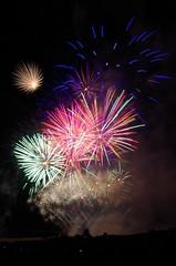 Festival Pyrotechnique International de Saint Brevin (Isabelle Odent) Tags: paysdelaloire loireatlantique saintbrevinlespins festival pyrotechnique feudartifice firework plage
