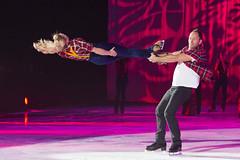 DUQ_4425r (crobart) Tags: figure skating pairs aerial acrobatics ice cne canadian national exhibition toronto