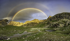 Magische Bergwelt (Martin Häfeli Photography) Tags: bergwelt nikon 7200 panoramic panorama switzerland mountainlover mountainscape rainbow rainbowlover regenbogen berge schweiz swiss magic colorful sunrise sonnenaufgang sun morning early morgens earlymorning