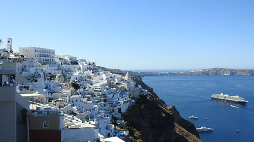 September 5 Tuesday (Santorini)