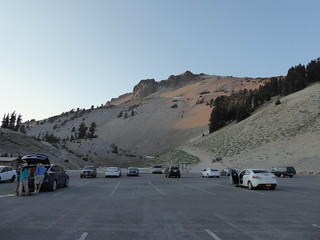 Lassen Peak parking lot to the summit