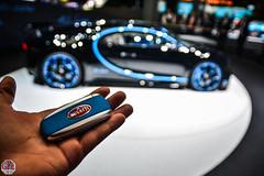 Bugatti Chiron key (GPE-AUTO) Tags: iaa iaa2017 francfort frankfurt allemagne germany auto show autoshow motorshow messe bugatti key bugattichiron speed record 04000 montoya speedrecord chiron
