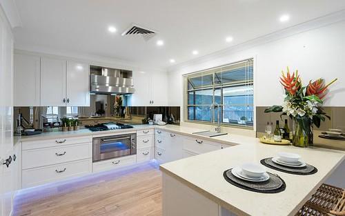 23 Woodview Avenue, Lisarow NSW