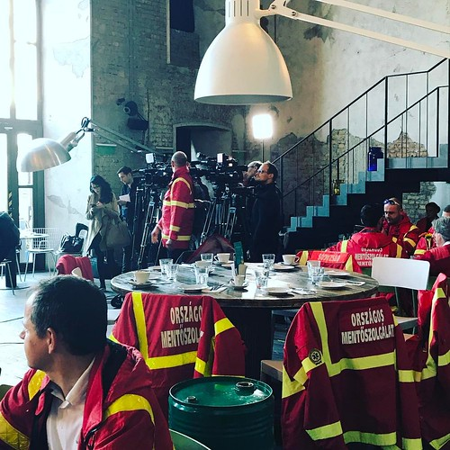 Jótékonysági reggeli a mentősöknek