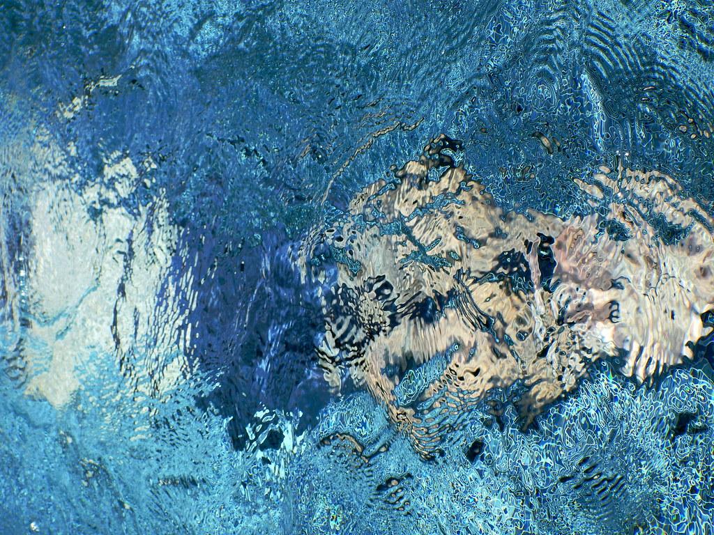 The world 39 s best photos of piscine flickr hive mind for Blue piscine hannut