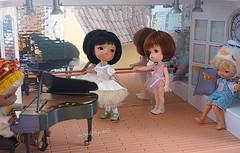 Ballet Studio 🎵 (cute-little-dolls) Tags: secretdoll bjd tinybjd doll toy irrealdoll mai duckhelmet ballerina piano balletstudio friends