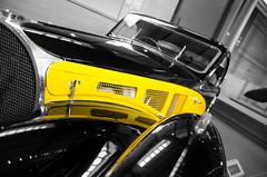 Yellow Bugatti (Zaskars) Tags: pentax k5 2017 mulhouse musée schlumpf citédelautomobile alsace elsass 68 hautrhin cars voitures old historic histoire history bugatti tamron 1750 yellow nb bw
