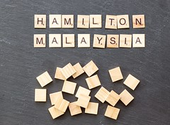 Formel 1 Malaysia 2017: Hamilton auf Pole, Vettel Letzter! (marcoverch) Tags: noperson keineperson business geschäft text desktop paper papier sign schild symbol illustration finance finanzen alphabet education bildung abstract abstrakt achievement leistung cube würfel display anzeigen number nummer shape gestalten texture textur conceptual begrifflich solution lösung konzeptionell cathedral spring fuji la macromondays analog pumpkin pentax catwa naturaleza