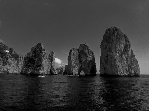 Capri Faraglioni Rock Formations | 170820-2235-jikatu