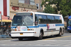IMG_2454 (GojiMet86) Tags: mta nyc new york city bus buses 1999 t80206 rts 5132 subway shuttle 31st street ditmars blvd