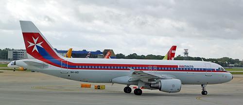 Air Malta / Airbus A320-214 / 9H-AEI