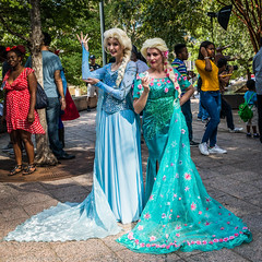 _Y7A8653 DragonCon Saturday 9-2-17.jpg (dsamsky) Tags: disneycharacters costumes atlantaga 922017 marriott dragoncon cosplay saturday cosplayer dragoncon2017 elsa frozen
