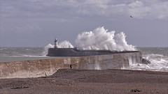 Storm Aileen Newhaven East Sussex . (insomniac2008 .) Tags: elements stormaileen newhaven harbour storm waves lighthouse eastsussex wind gale