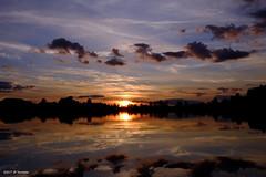 Soleil Couchant (jpto_55) Tags: soleil couchant soleilcouchant hautegaronne france fuji fujifilm xe1 fujixf1855mmf284r reflet ngc