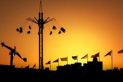 Sunset at the funfair (Rich Walker75) Tags: plymouth plymouthhoe devon funfair sunset sunsets silhouette fairground landscape landscapes landscapephotography evening black orange sky sun canon england efs1585mmisusm eos100d eos