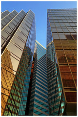 Architectures (C. Alice) Tags: architecture building city mirror reflection golden blue autumn asia hongkong color huawei leica p9 mhal29 mobile huaweimate9 mate9 2017 favorites50 favorites100 autofocus