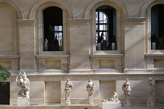 _le_louvre_sculptures_444zz4 (isogood) Tags: paris louvre france art paintings decor baroque barocco frescoe museedulouvre louvremuseum sculptures