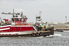 r_170921261_beat0057_a (Mitch Waxman) Tags: killvankull newyorkcity newyorkharbor statenisland tugboat newyork