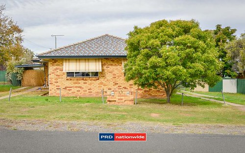 15 Dayal Street, Tamworth NSW 2340