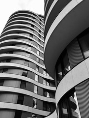 IMG_3289 (Kathi Huidobro) Tags: facade abstract urban newbuild apartments contemporary modern linear lines wavy blackwhite bw monochrome london architecture stantonwilliams riverwalk