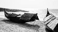 Two Fishing Boats (Marcel Weichert) Tags: beach boats fisherman india indianocean kerala kovalan mar rope sea thiruvananthapuram trivandrum wave