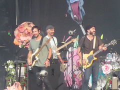 The Shins - James Mercer, Yuuki Matthews, Mark Watrous, Casey Foubert, Jon Sortland & Patti King (Peter Hutchins) Tags: the shins theshins james mercer yuuki matthews mark watrous casey foubert jon sortland patti king jamesmercer yuukimatthews markwatrous caseyfoubert jonsortland pattiking lolla grantpark chicago il lollapalooza 2017