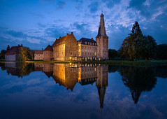 Schloss Raesfeld (Mario Visser) Tags: schloss raesfeld castle germany borken water view moated westphalia sky white old county moat landmark historic historical chapel northrhine architecture reflection ancient clouds site cloudy blue houre evening night lights