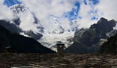 2017-07-26 (Giåm) Tags: courmayeur brenva glacierdelabrenva glacier gletscher glaciär gletsjer glaciar massifdumontblanc montblancmassif valléedaoste valledaosta valdouta alpi alpes alps alpen alperna italia italie italien giåm guillaumebavière