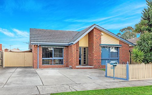 43 Moorhead Dr, Mill Park VIC 3082