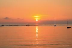 六塊厝漁港 (Lavender0302) Tags: 夕陽 六塊厝 屯山 淡水 新北市 台灣 taiwan sunset carlzeiss planar t 1750 cymount