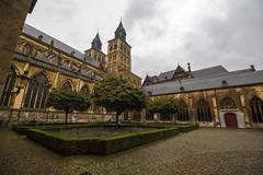 Basiliek van Sint Servaas (Emilio Guerra) Tags: lowcountries locations lille netherlands limburg basiliekvansintservaas nederland maastricht maastrich mastrique eur2016 holanda