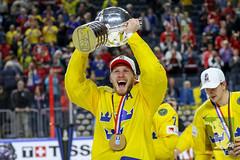 IIHF17 18-5-17-185.jpg (sushysan.de) Tags: canada cologne deb day13 deutschereishockeybund eishockey finals goldmedal iihf icehockey koeln pix pixsportfotos paris sweden weltmeisterschaft worldchampionship pixsportfotosde sushysan sushysande