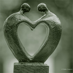 When we're connected to others, we become better people (Peter Jaspers (sorry less time to comment)) Tags: frompeterj© 2017 olympus zuiko omd em10 1240mm28 connection macromondays 500x500 square monochrome heart love connected home artihove art statuette figurine dof bokeh