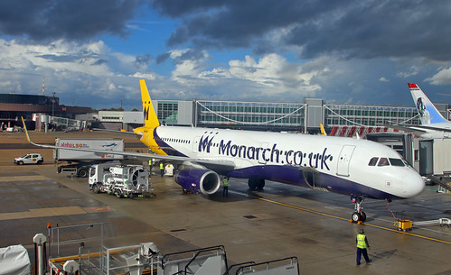 Monarch / Airbus A321-231 / G-ZBAD