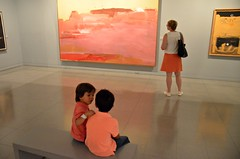 Coordinated Colors (Pedestrian Photographer) Tags: museo antioquia museum salmon pink medellin is an art medellín canvas paint painting boy boys patron gaze kids room gallery colombia july 2017 ribbet woman museumgoer culture matchy match matching color coordinated pinkish orange