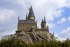Hogwarts (Jared Beaney) Tags: canon6d canon japan japanese photography travel asia travelphotography japanphotography universalthemeparks universalstudios universal universalstudiosjapan osaka wizardingworldofharrypotter hogwarts