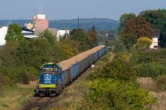 SM42-1203 by PlessRail - 2017.09.28 || Racibórz || Buraczany skład z Kietrza do Raciborza przejeżdża przez byłą stację Racibórz Studzienna. SM42-1203 na popychu, SM42-1224 na uciągu.  plessrail.pl