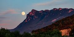 La Lune et les trois becs ... (doevos) Tags: 3becs drôme france frankrijk lune maan moon vollemaan aoustesursye auvergnerhônealpes fr monhamac