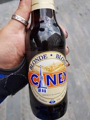 Biertasting deluxe (RoNiStoWa) Tags: belgium beer biere bier belgien belgie 2000differentbeers highvoltage hochprozentig fruchtig fruity tasty lecker interessant beglischesbier leuven löwen brüssel brussel bruxelles caney blonde